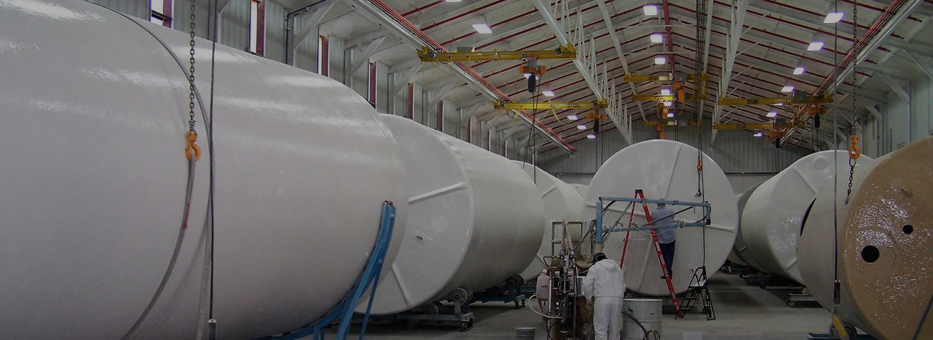 Specially Engineered Polyethylene Industrial Tanks with Bund